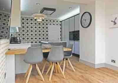 Modern true handleless kitchen in North Notts