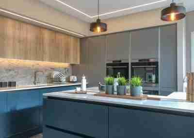 True handleless kitchen in West Bridgeford