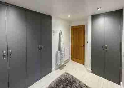 Dust grey dressing room